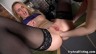 Try Anal going knuckle deep - Lesbo ass going knuckle deep in a kitchen