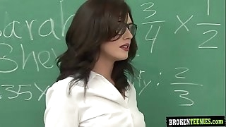 Class teacher Sheena gets load from students Brokenteenies.com