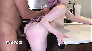 Kitchen Counter Fuck Sesh- JayJadeMoon Amateur Duo